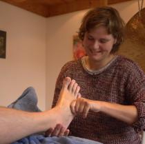 Fußreflexzonenmassage Heilpraktikerin Verena Berthold zwischen Mühldorf und Altötting